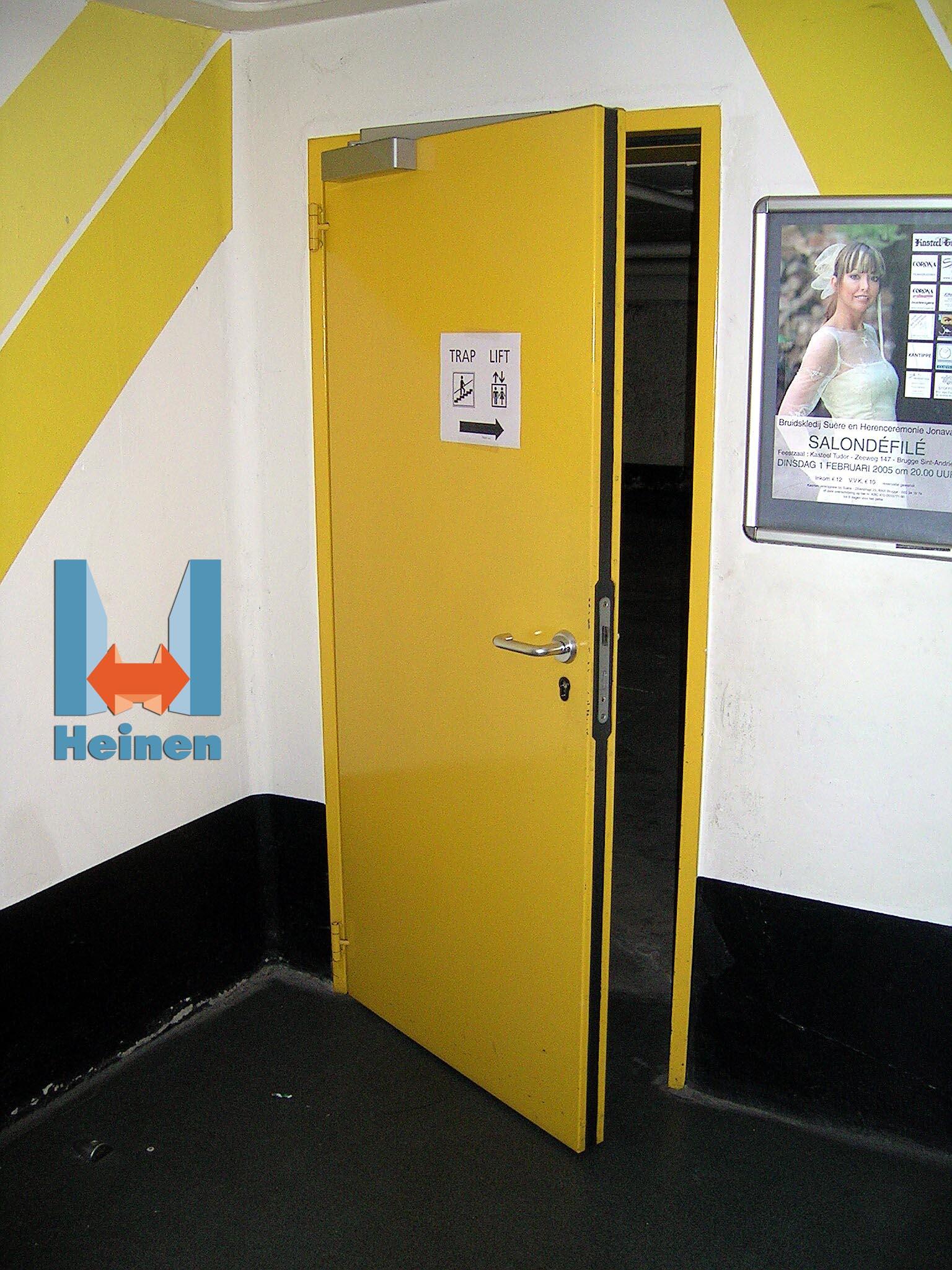 Résidence HLM - Installation de portes métalliques de type HEINEN métal+, pour sécuriser les accès cave.